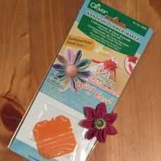 Kanzashi Blumen Schablone - gekräuselte Blüte, klein
