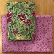 2 Fat Quarter - ChrysanthemaGreen